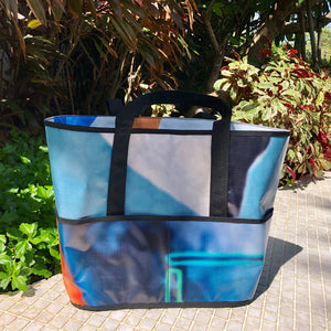Sturdy, water resilient market bag made from upcycled billboard banners
