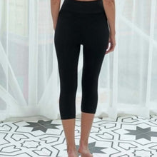 Load image into Gallery viewer, Bamboo Capri Legging