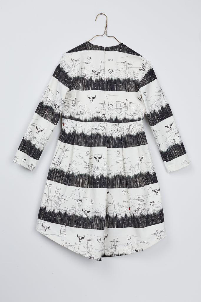Pleats Dress by Hilda.Henri featuring artisticly striped black&white print - seen from the rear