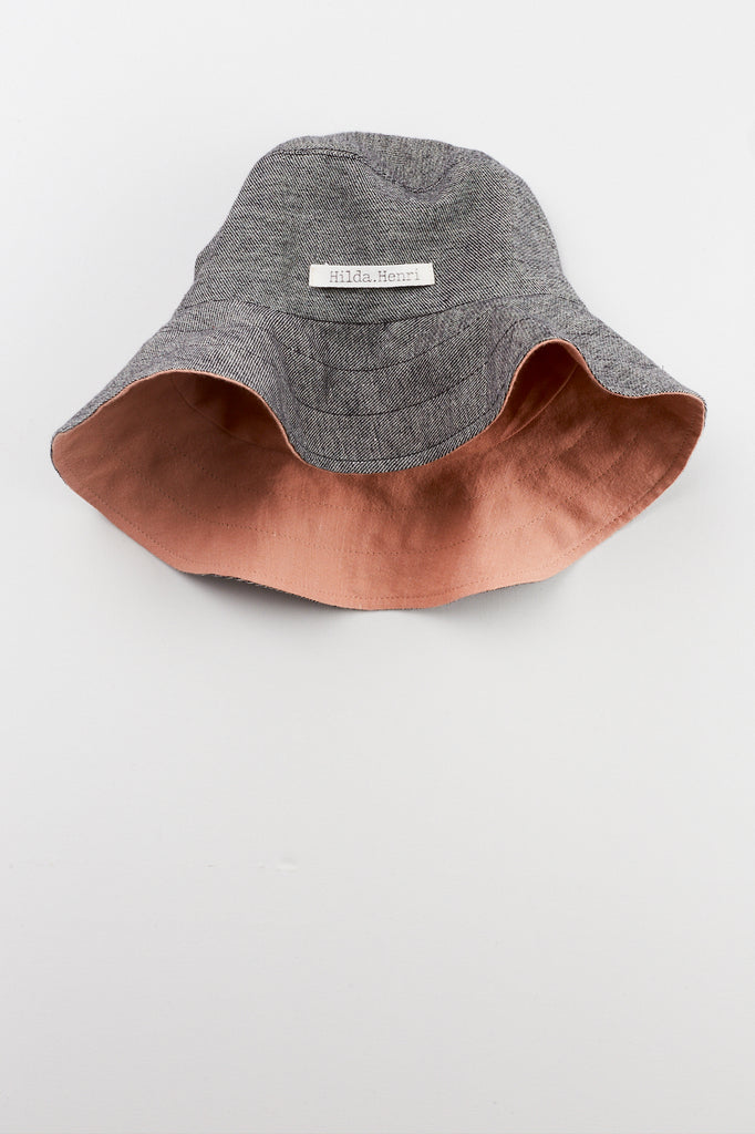 reversible unisex hat by Hilda.Henri for summer