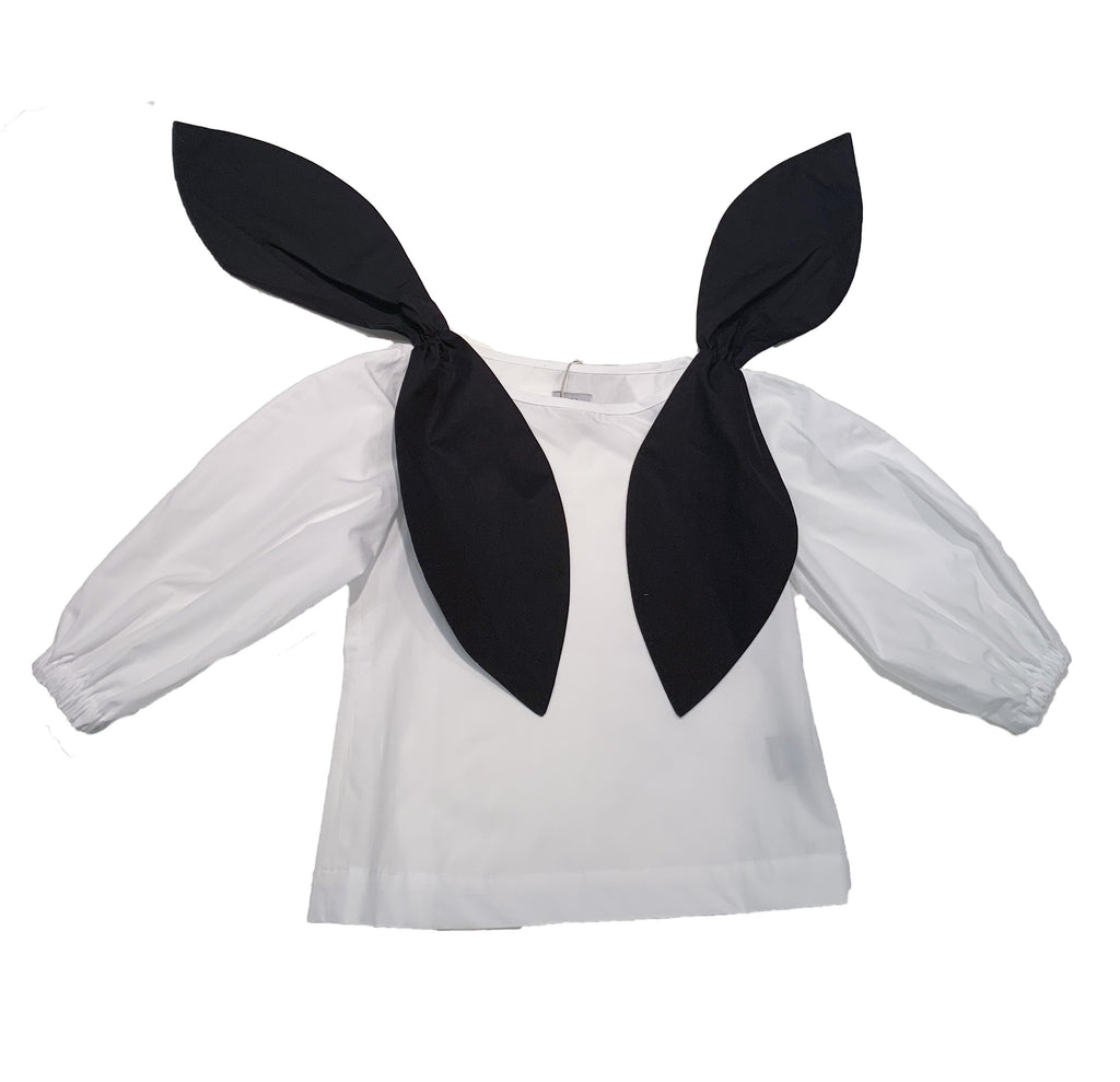 Black&white blouse from Hilda.Henri with contrasting bows at shoulders