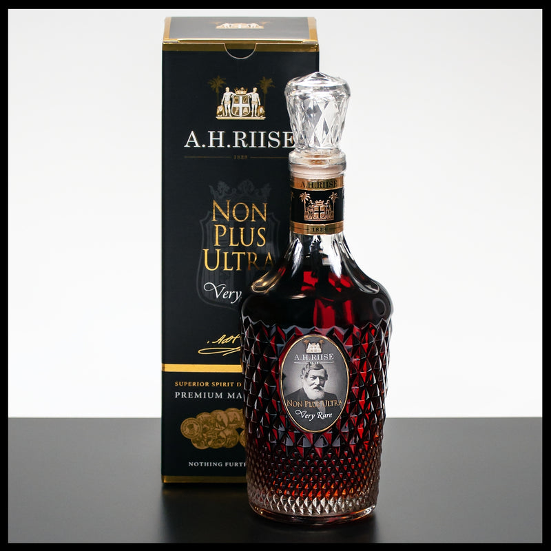 A.H. Riise Non Plus Ultra Very Rare Rum 0,7L - 42% - Trinklusiv