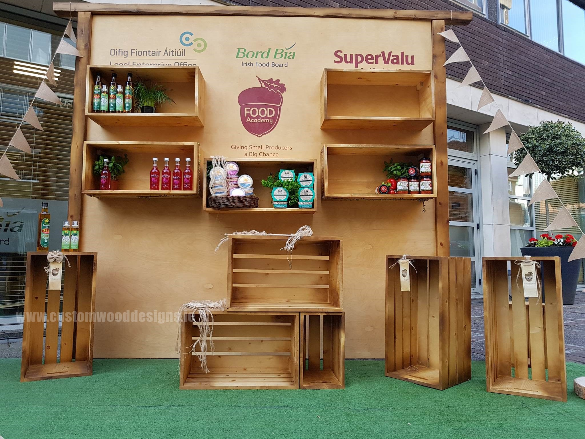 Bord bia retail desplay display stand customwooddesigns ireland crates backdrop Bord bia custom wood designs cnc custting design services show festival display stamnds modular stands ireland gary byrne klaudia byrne