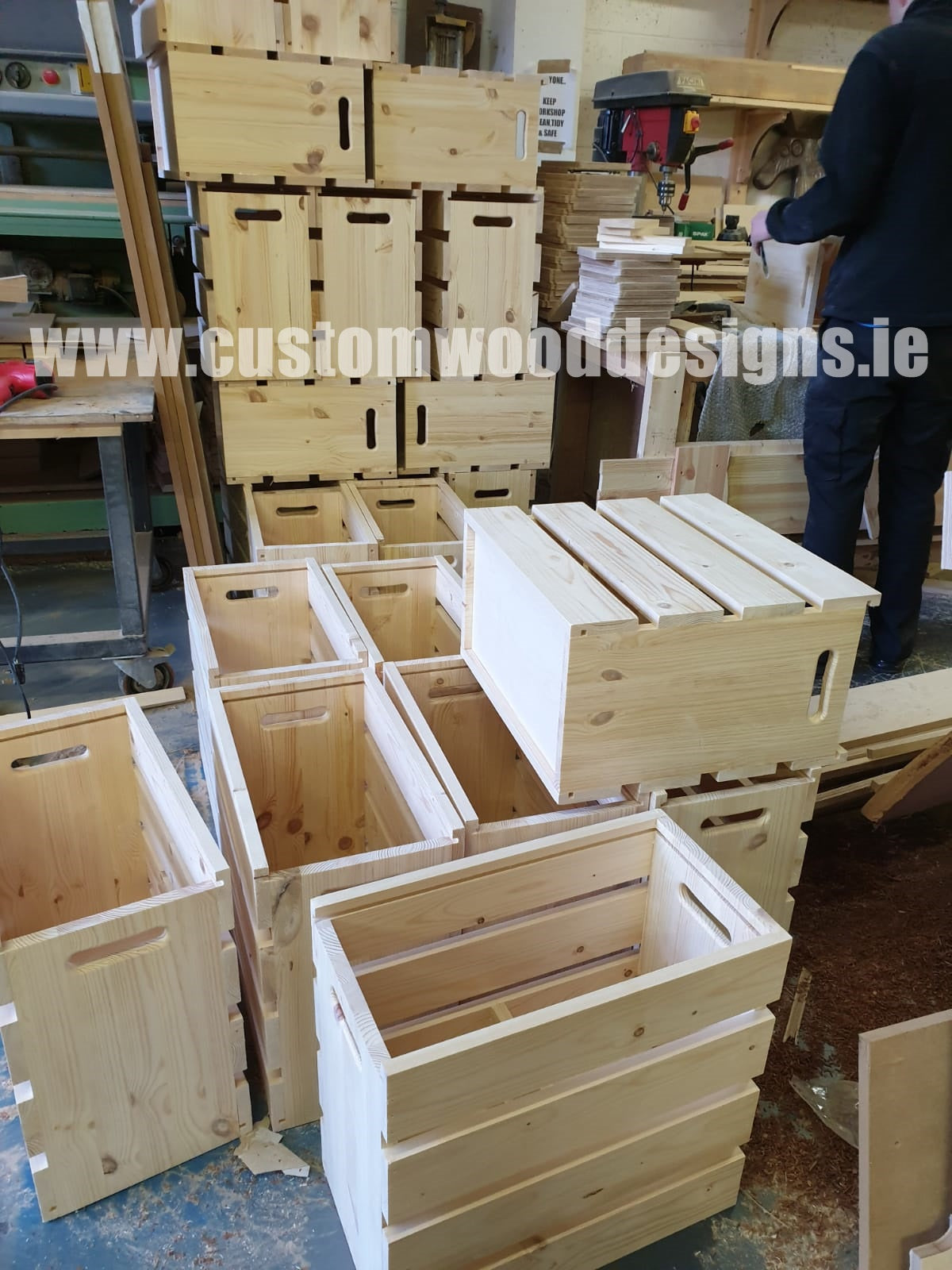 Eighty 9 Tin holder crate box with lid sliding top box made in Ireland Custom Wood Designs Gary Byrne woodworking manufacturer dublin wholesale mass production coffe promotional branding   (7)