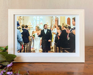 Smart Photo Frame - White Wood on white frame