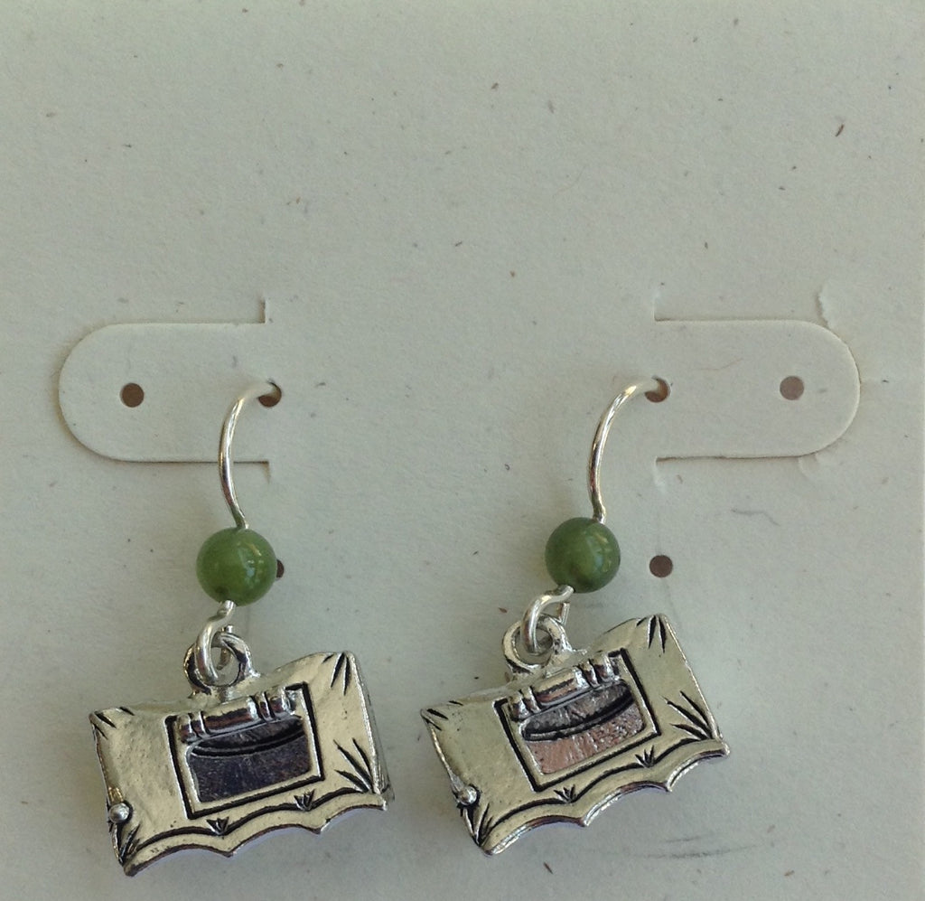 Tent earrings