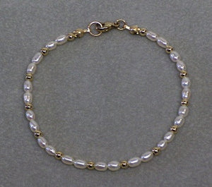 Freshwater Pearl Bracelet - Lively Accents