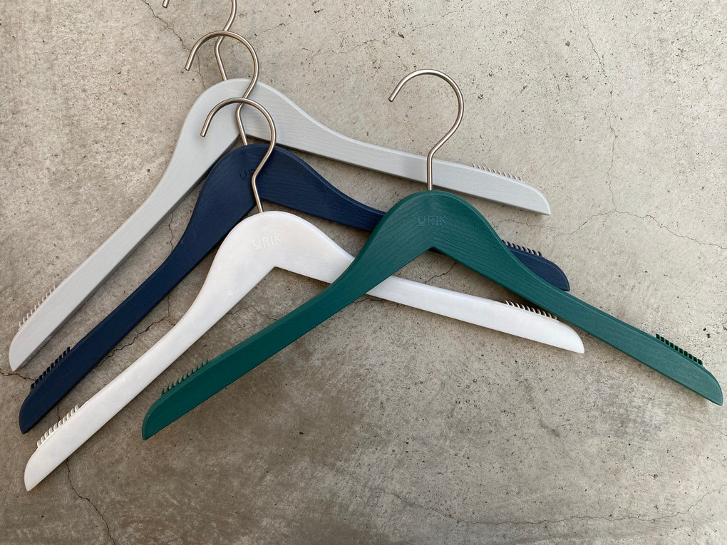 【URIK】MEN'S SHIRT HANGER