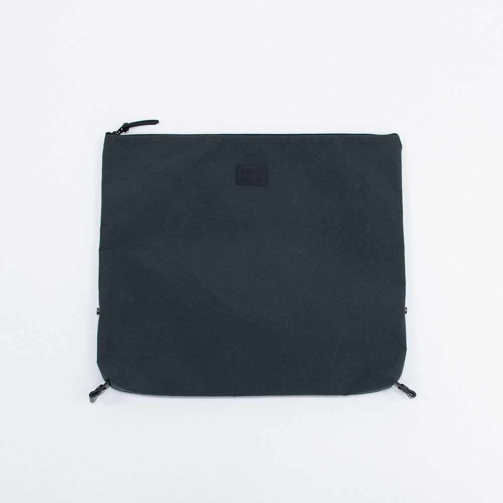 Root <UNISEX>Pouch(コンブナイロンポーチ) コンブインバック