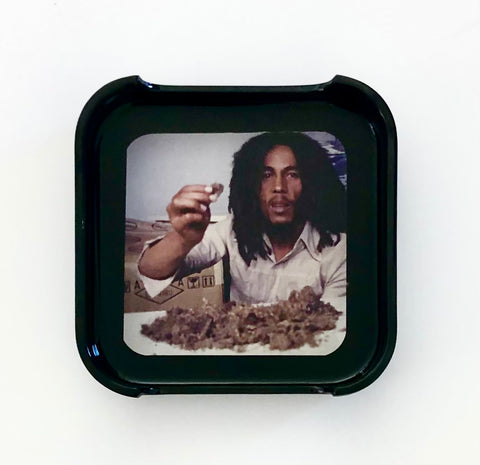 ASHTRAY - Bob Marley about to twist