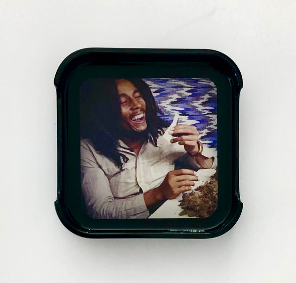 ASHTRAY - Bob Marley twisting
