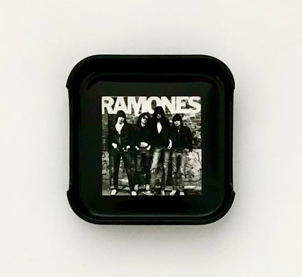 ASHTRAY - Ramones