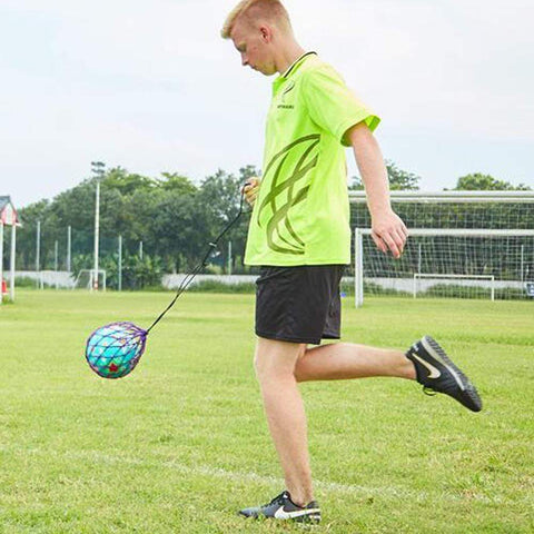 Solo Hands-Free Soccer Kick/Throw Trainer