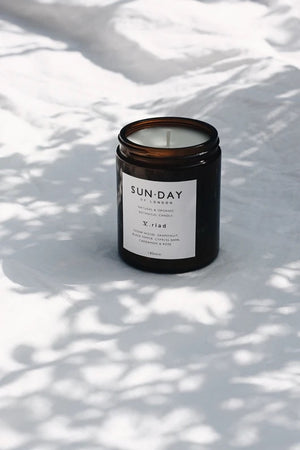 Sunday Of London V. Riad 180ml Candle