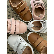 Load image into Gallery viewer, Dallas Sneakers - Pink - Tootsies AU