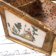 Charger l'image dans la galerie, Antique Box of 18th century / 18世紀のアンティークボックス