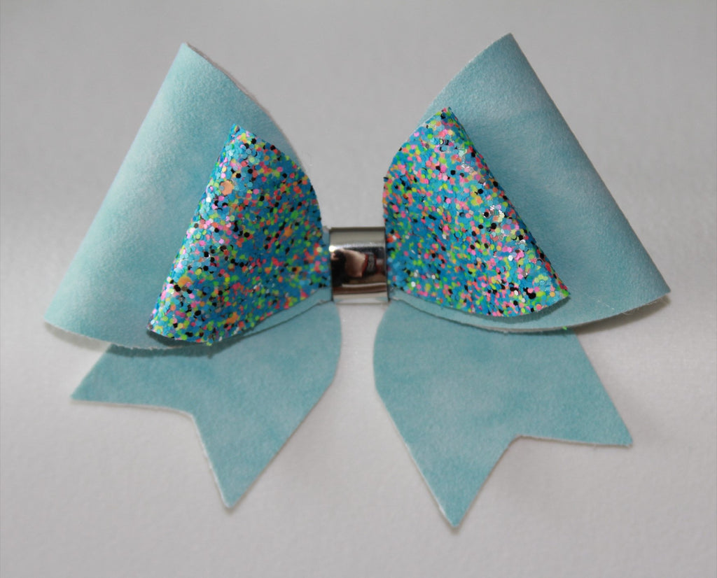 Double Cheer Bow