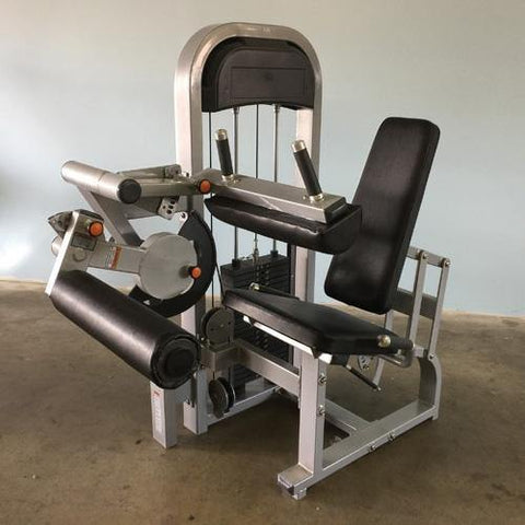 Muscle D Classic Line Seated Leg Curl
