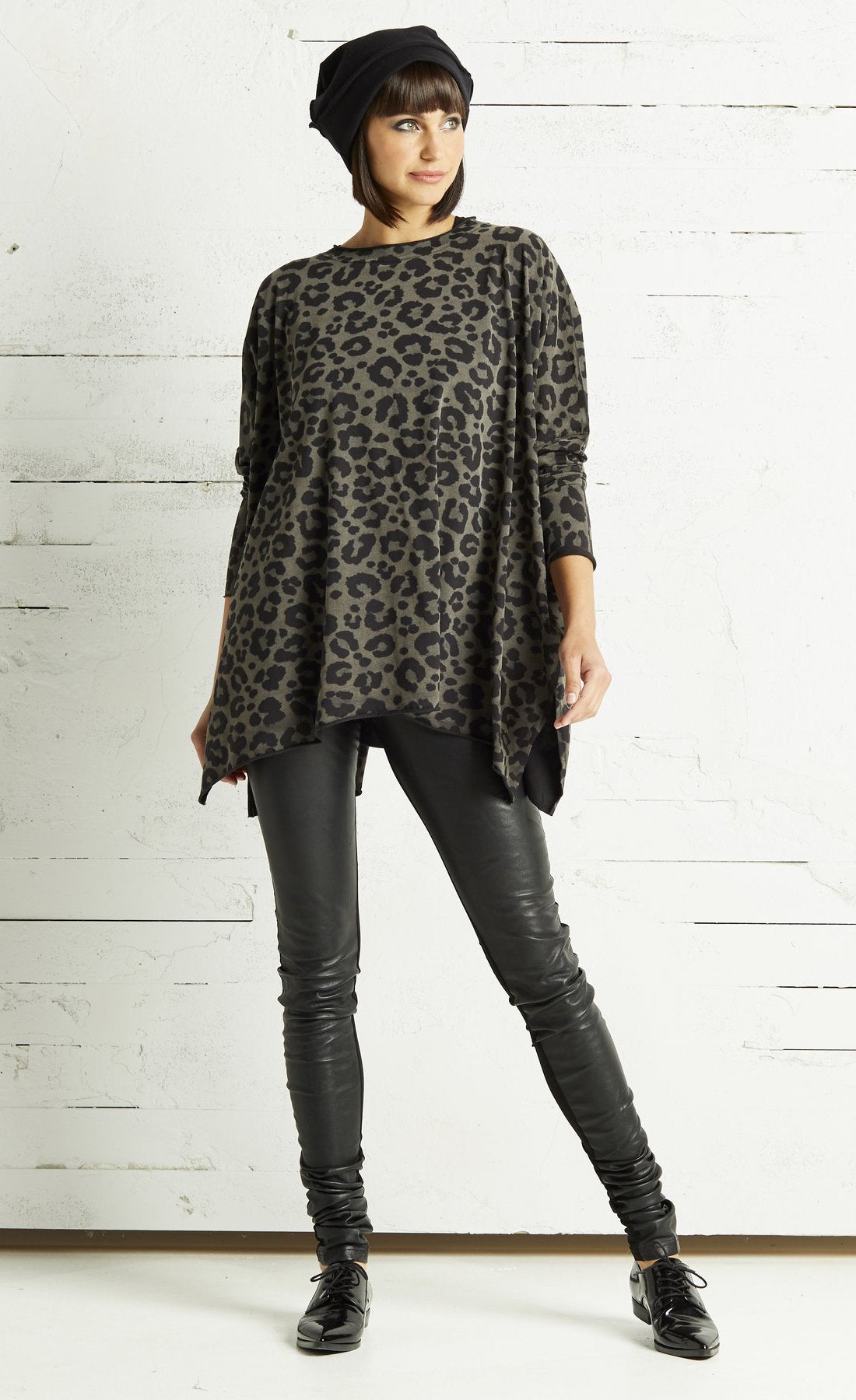 Planet Leopard Swing Top