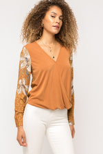 Load image into Gallery viewer, Mystree Draped Flower Sleeve Top - ModeAlise