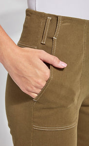 Front close up view of a woman wearing the lysse jade wide leg drop pant. This image shows the side pocket.