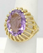 Load image into Gallery viewer, LADIES 14k YELLOW GOLD 9.00ct OVAL AMETHYST DOME FILIGREE SOLITAIRE RING