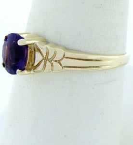 10K GOLD OVAL PURPLE CUBIC ZIRCONIA SOLITAIRE RING