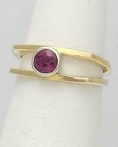LADIES 14k YELLOW GOLD BEZEL SET .25ct ROUND RUBALITE SOLITAIRE CUSTOM MADE RING