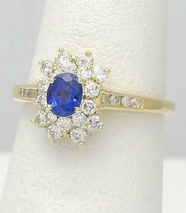 LADIES 18k YELLOW GOLD .25ct OVAL BLUE SAPPHIRE 1/2ct ROUND DIAMOND HALO RING