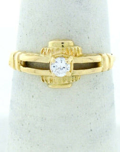 18K YELLOW GOLD CUBIC ZIRCONIA SOLITAIRE UNIQUE RING
