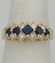 Load image into Gallery viewer, LADIES 14K YELLOW GOLD 1/3ct BLUE PRINCESS SAPPHIRE DIAMOND BAND RING 7m