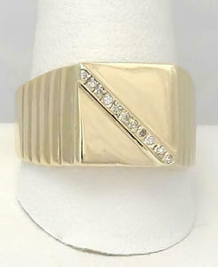 MENS 10k YELLOW GOLD .05ct ROUND DIAMOND RIBBED BAND SQUARE RING