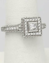 Load image into Gallery viewer, 14k WHITE GOLD 3/4ct PRINCESS CUT ROUND DIAMOND CLUSTER HALO ENGAGEMENT RING