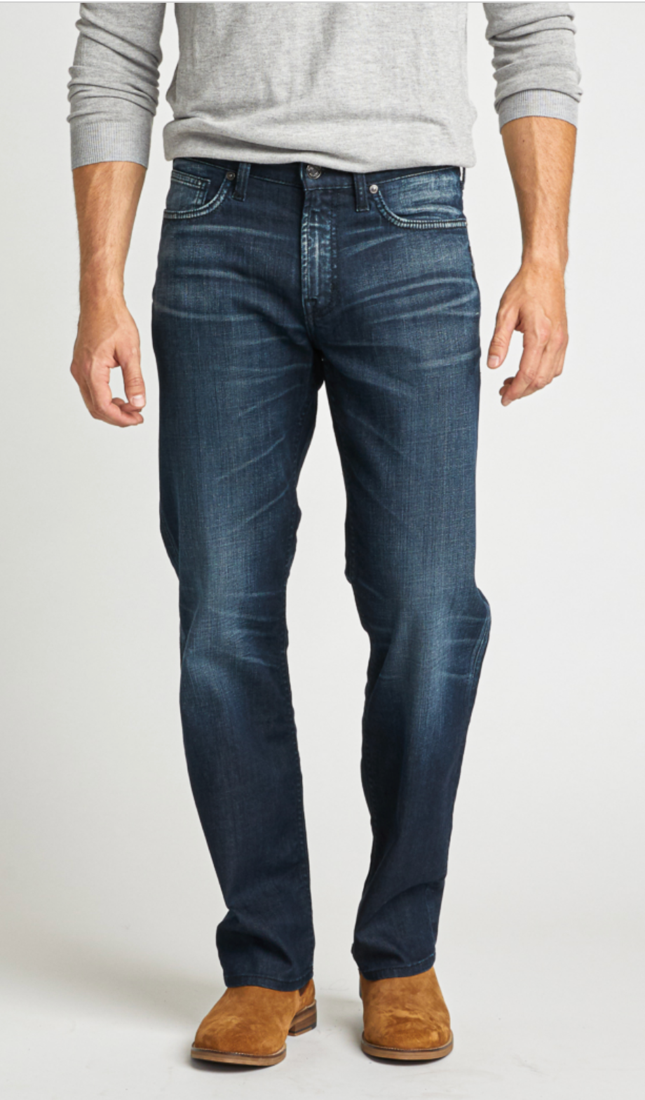GRAYSON Easy Fit Straight Leg Jean