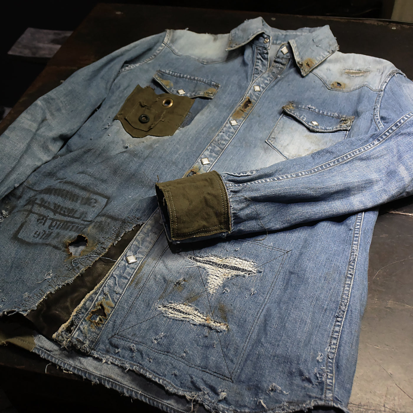 LIMITED REMAKE DENIM SHIRT