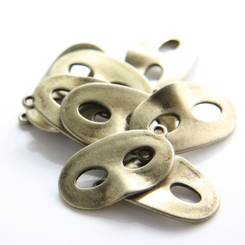 Base Metal Charms-Mask 27x17mm (11894Y)