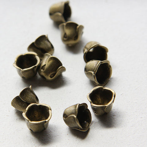 Base Metal Cones-Cap 12x9mm (21302Y)