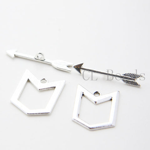 Base Metal Arrow and Geometric Toggle Clasps (35589Y)