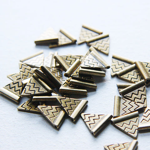 Base Metal Charm - Triangle with Chevron 14x14mm (5003Y)