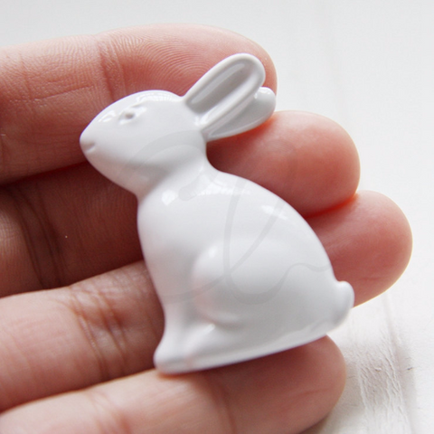 Base Metal Brooch - Bunny 41.4x28.3mm