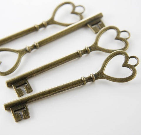 Base Metal Charms-Key 84x22mm (9198Y)