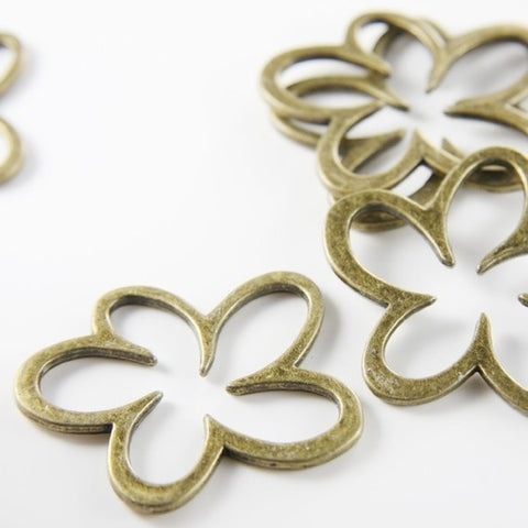 Base Metal Links-Flower 45x37mm (9061Y)