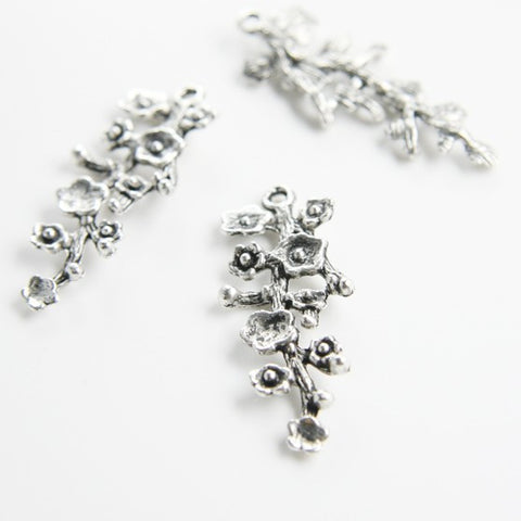 Base Metal Charms-Flower 42x17mm (12975Y)
