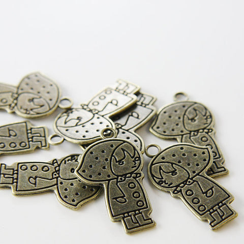 Base Metal Charms-Doll 31x18mm (1590X)