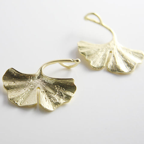 Base Metal Charms-Ginkgo 34x30mm-Left Side (68C)
