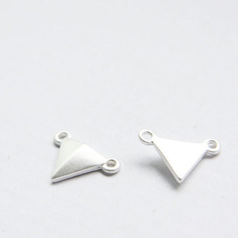 Base Metal Link - Triangle 17x12mm (125C)