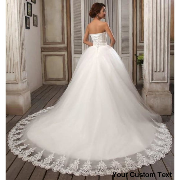 Antique White Court Train Wedding Dress Strapless Vintage Tulle Bridal Ball Gown Organza Lace bridal dress