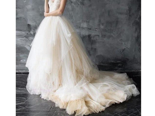 Gorgeous Soft Tulle Wedding Skirt Custom Made Ball Gown Bridal Tulle Skirt with Sweep Train Bridal Separates Photo Prop