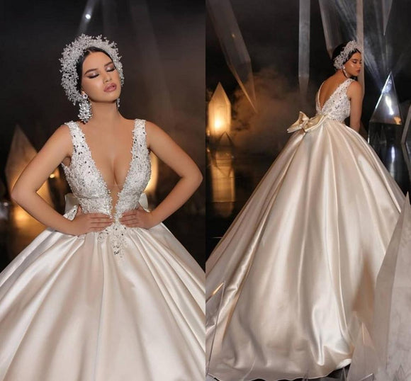 Gray Open Back Deep V Neck Ball Gown Dress for Wedding Appliques Plus Size Bridal Gown Custom Made