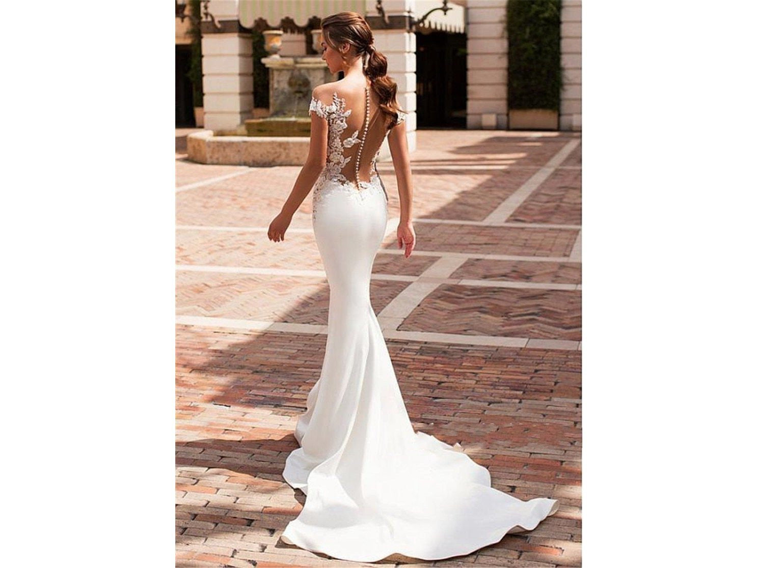 Exquisite Sheer Nude Appliques Mermaid Satin Dress Cap Sleeves See Through Bridal Gown